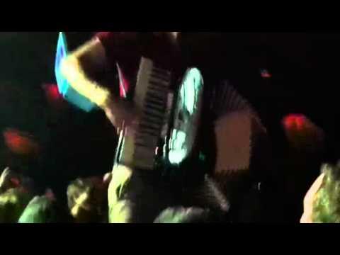 Lumineers playing in the crowd (видео)