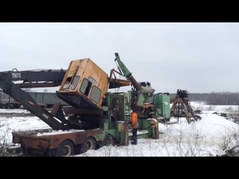 HUSKY Industrie forestière - Tronçonneuse/Déchiqueteuse 2675 equipment video N9VRoGreL2M