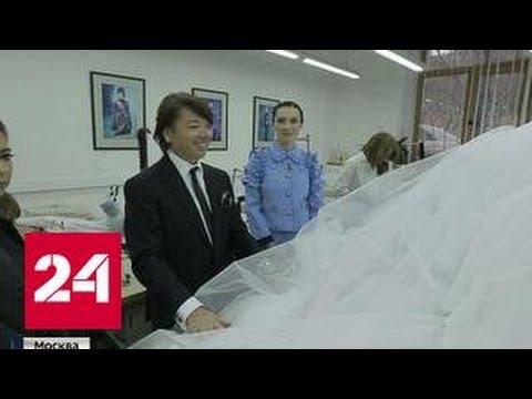 Юдашкин представил свадебные наряды