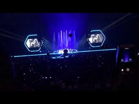 MC(新曲とマイクを忘れた謝罪) Coldplay A Head Full of Dreams Tour2017 4 19