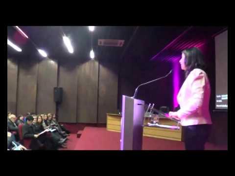 Lilian San Martin Medina de la UNAB en Seminario de Marketing y Tecnologias como Herramientas de Innovacion para las Empresas