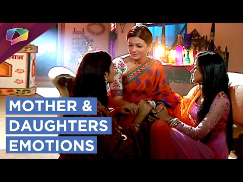 Meghna and Naina share emotional moments with thei