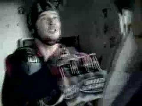 Bud Light: Parachuting