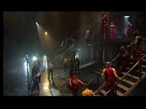 Tekst piosenki Romeo et Juliette - La mort de Mercutio po polsku