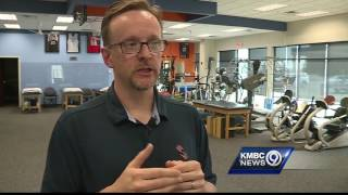 High School football accounts for 47% of concussions - but experts say they're preventable.Subscribe to KMBC on YouTube now for more: http://bit.ly/1fXGVrhGet more Kansas City news: http://kmbc.comLike us:http://facebook.com/kmbc9Follow us: http://twitter.com/kmbcGoogle+: http://plus.google.com/+KMBC