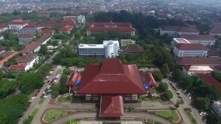 Video Aerial Video Universitas Gadjah Mada - Yogyakarta - Indonesia MP3, 3GP, MP4, WEBM, AVI, FLV Mei 2018