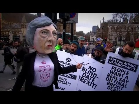 Οι σημαντικότερες προκλήσεις για τη νέα βρετανική κυβέρνηση