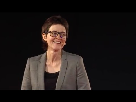 My Two Mums (The Myths of Gay Adoption)   Lynne Elvins   TEDxBristol (видео)