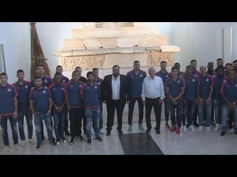 Επίσκεψη  του Ολυμπιακού στο Αρχαιολογικό Μουσείο Πειραιά