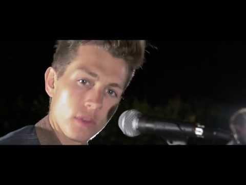 Tekst piosenki The Vamps - What about love (Austin Mahone cover) po polsku