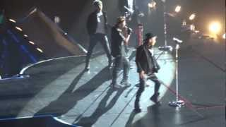 Video BIGBANG - Cafe (London 2012 Alive Galaxy Concert @ Wembley Arena) MP3, 3GP, MP4, WEBM, AVI, FLV Juli 2018
