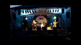 Video MASTABA  - Vize - Howling PIT BULLS 2012