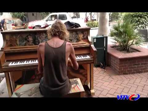 Piano - điều kỳ diệu từ những phím đàn