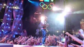 Flo Rida music video Good Feeling / Wild Ones (At 2012 Muchmusic Video Awards) (Live)