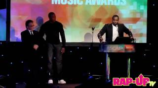 Dr. Dre Presents Diddy with ASCAP Award