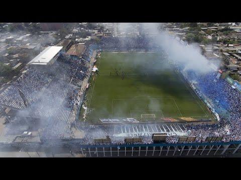Mirá desde el aire el recibimiento que le brindó la hinchada al equipo de Atlético - La Inimitable - Atlético Tucumán