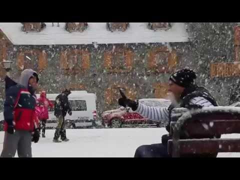 Bariloche invierno 2015: Vídeo Centro Cívico cubierto de nieve