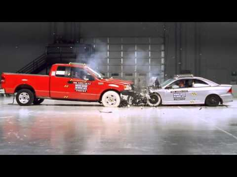 Ford F150 and Honda Civic frontal crash test