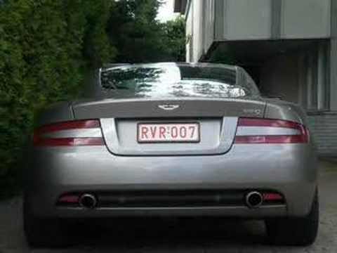 Aston Martin DB9 revving видео