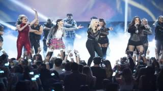 All eyes were on Britney Spears on Saturday (April 29), who was surprised by a special guest at the Radio Disney Music Awards.