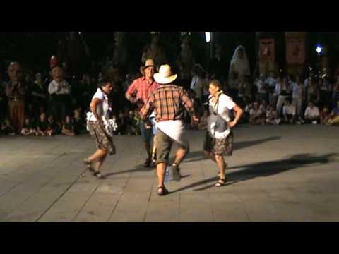 EL COSTILLAR - Presentacion del grupo folklorico Pulchen en La fiesta Mayor de Martorell.