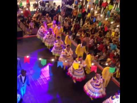 Quadrilha Flor do Sertão 2008 - Previa Junina Shopping da Ilha
