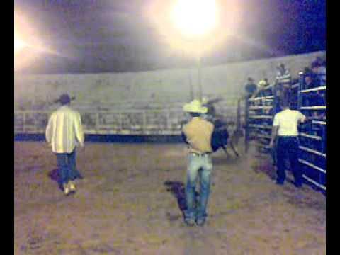 luiz andré rodeio em Itambaracá 2011
