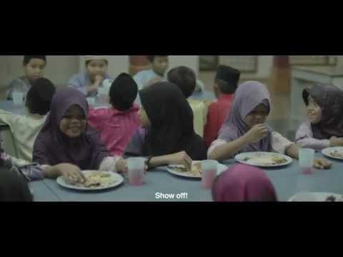 <b>Description: </b>Dari dulu klo liat lagi iklan hari raya rasanya sedih..Menceritakan dua orang anak yang bersahabat dan tinggal di sebuah asrama Islam di Malaysia. Saat berpuasa mereka jalani dengan hikmad, namun menj...</BR>