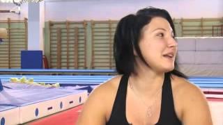 2^ puntata: la Miss Eleonora Rossi raggiunge la motociclista Kiara Fontanesi in palestra, dove giornalmente si allena. Anche la Miss per mantenere la sua bel...