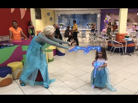 Video FESTA FROZEN - NINA FUGIU DA ELSA download in MP3, 3GP, MP4, WEBM, AVI, FLV January 2017