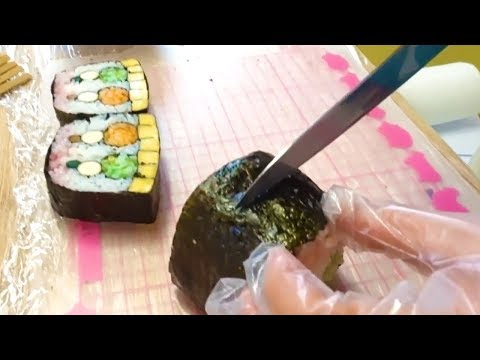 Amazing decorated SUSHI ROLL - Japanese Street Food - Thời lượng: 29 phút.