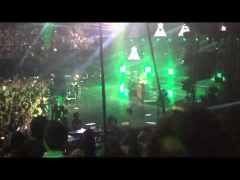 Fall Out Boy - Thanks For The Memories Live 10/03/13 MTV World Stage Monterrey 2013