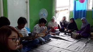 Avenged Sevenfold - So Far Away cover (Klio ft. Yatna)Bakti Sosial