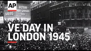 Download Lagu V E Day in London - 1945 Mp3