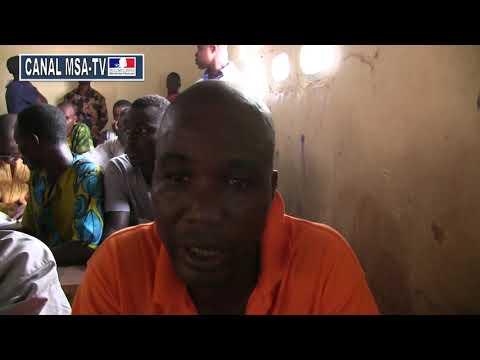 COTE D'IVOIRE:  Interview de Monsieur Coulibaly Parent d'éleve enquête sur l'annonce de site pour les déguerpis d'Adjoufou inconnu