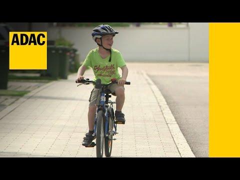 Kinder-Fahrradhelme im Test   ADAC