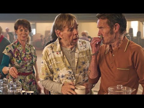 Finding Your Feet new clip: Dancing (3/6)