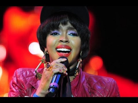 LAURYN HILL AVOIDS JAIL WITH SONY RECORD DEAL