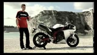 8. Yamaha YZF R1 tech features 2009 official