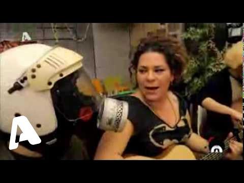 Ελληνοφρένεια τιβί 03-03-2014 με καλεσμένη τη Ματούλα Ζαμάνη