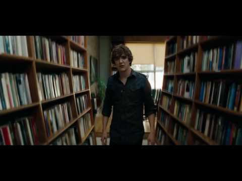 'A Nightmare on Elm Street' HD Trailer 4