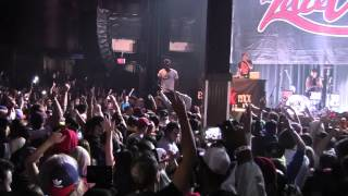 Michine Gun Kelly- Wild boy. HE JUMPS FROM THE ROOF INTO THE CROWD. concert in Edmonton