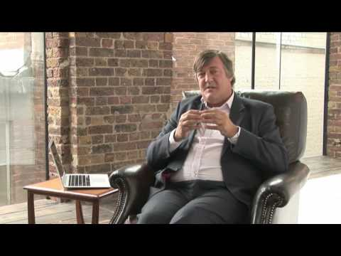 FREE SOFTWARE GNU - Software that YOU OWN!!! Discussion by Mr. Stephen Fry - V for Vendetta