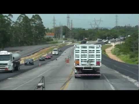 Quase pronta a nova ponte do Rio Capivari: deve melhorar o trânsito no Verão 2013