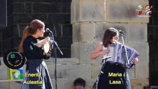 Download Lagu 1608070103 Maria Lasa eta Eneritz Aulestia, 2016an Aiako Trikitixa Txapelketan Mp3