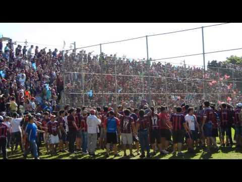 Recibimiento de Cerro Porteño en Presidente Franco. (CERRO EN HD 2013) - La Plaza y Comando - Cerro Porteño