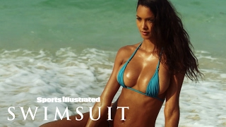 Video Lais Ribeiro Chases Waterfalls In Her Sumba Island Debut | Uncovered | Sports Illustrated Swimsuit MP3, 3GP, MP4, WEBM, AVI, FLV Juli 2018