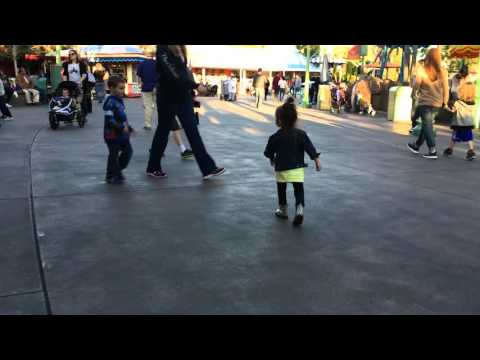 Dad Pranks Adorable Toddler In Disneyland - Cute, Funny But Are We Really Okay With THIS?