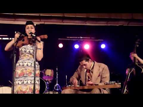 sunday best records - Kitty Daisy & Lewis - Honolulu Rock-A-Hula - Concert du 24 Avril 2010  Aulnoye-Aymeries - 9me Foire aux Disques et BD - LACHE PAS LA PATATE -