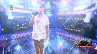 """Tuna Terpet yarı final için """"Mor Yazma"""" isimli şarkıyı söyledi."""